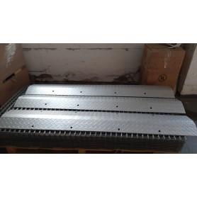Rampa de protectie cabluri din tabla striata 1000x300x45mm